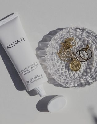 alpha-h balancing moisturiser & gentle exfoliant